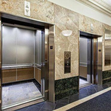 Thang máy văn phòng có những tiêu chuẩn nào?