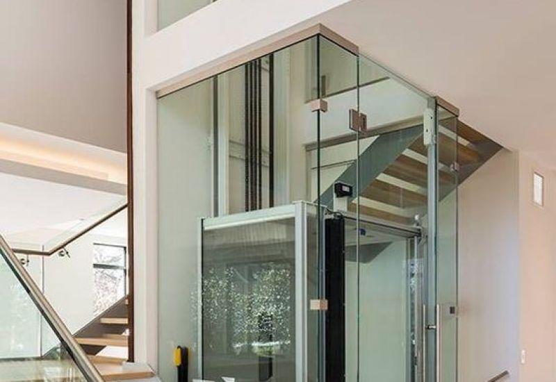 Tìm hiểu về kích thước thang máy kính gia đình